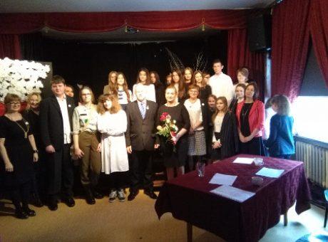 fot.5 – Uczestnicy konkursu z gośćmi, członkami jury