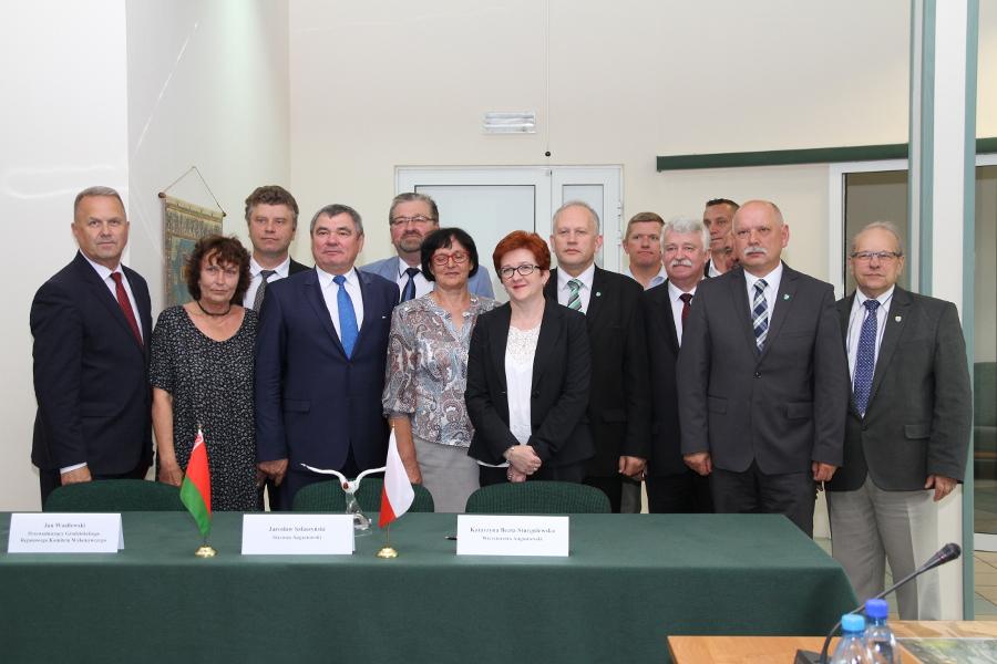podpisanie porozumienia pomiędzy Powiatem Augustowskim a Rejonem Grodzieńskim