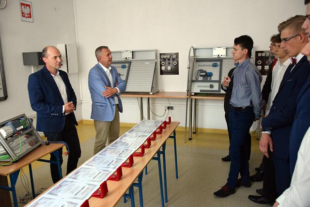 Operatorzy CNC z Augustowa