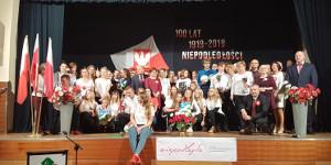 Młodzież uczciła 100. Rocznicę Odzyskania Niepodległości