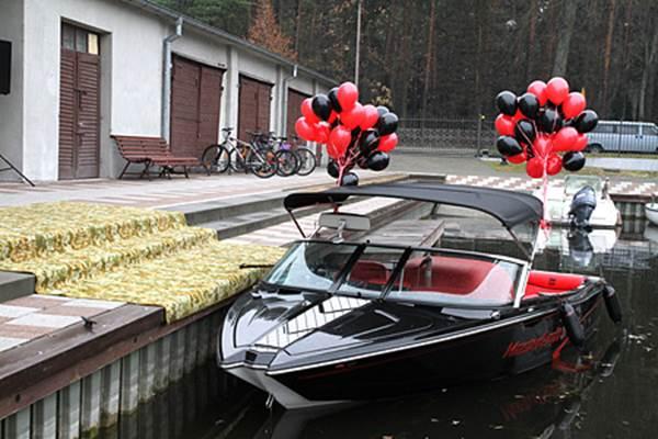 Uroczystość przekazania do użytku nowo zakupionej łodzi