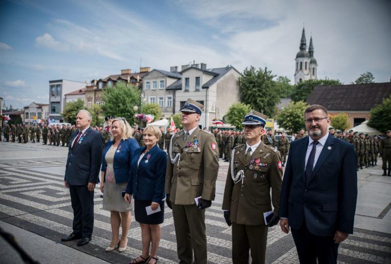 "Odznaczeni medalem ""Pro Patria"""