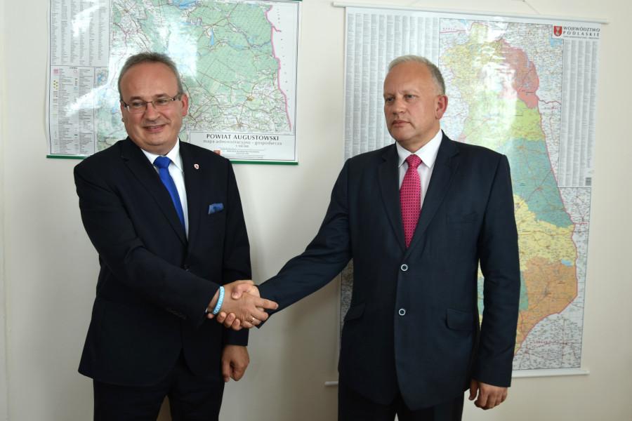 Jarosław Szlaszyński – Starosta Augustowski i Mirosław Karolczuk – Burmistrz Augustowa