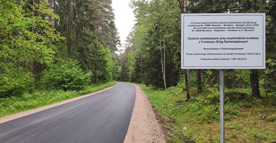 Uroczyste otwarcie przebudowanych odcinków dróg powiatowych w gminie Nowinka