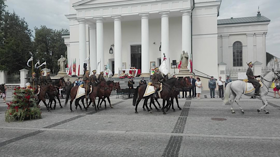 Uroczyste obchody 100-lecia 3. Pułku Szwoleżerów Mazowieckich w Suwałkach w dniu 22 sierpnia 2020 r.