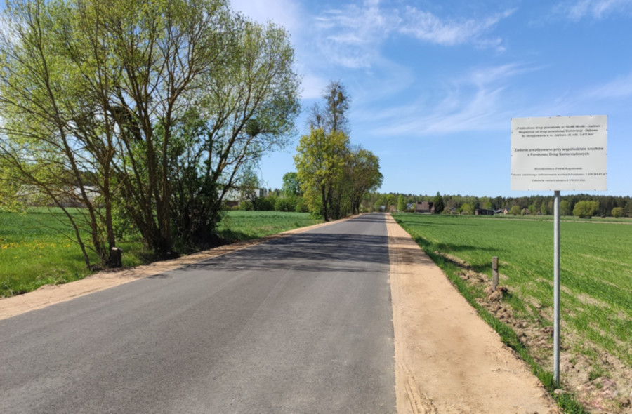 Przebudowana droga powiatowa Wrotki – Jaziewo